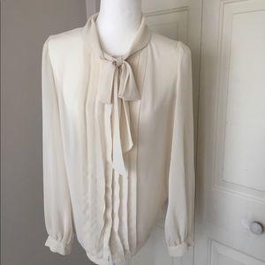 Súper cute and elegant dress blouse